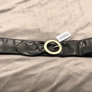 Chico's Reversible belt NWT